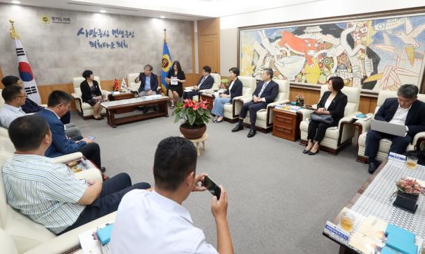 송한준 의장, 中 산둥성 룽청시 방문단 접견…교류협력 방안 논의